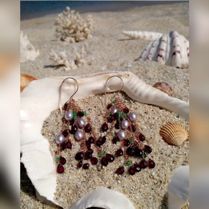 Other Pearl, Garnet & Emerald Earrings