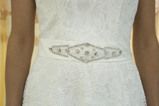 White Lace Satin Crystal Handmade New Romantic Vneck Sexy Seethrough Back Gown with Belt Modern Wedding Dress Size 4 (S)