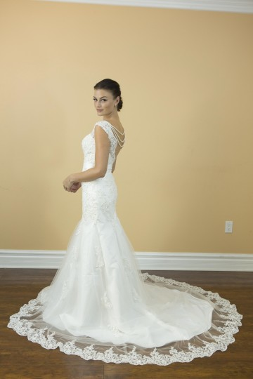 White Lace Satin Handmade Princess Luxury Crystals Pearls Bridal Gowns Custom Made Classic Modern Wedding Dress Size 4 (S)