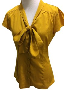 Banana Republic Top Mustard yellow