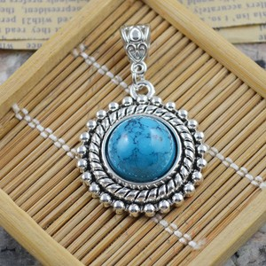 Turquoise Round Silver Pendant Free Chain & Shipping
