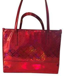 Kate Spade Satchel in Bright pink patent
