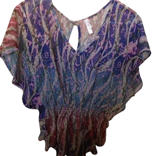 Preload https://img-static.tradesy.com/item/16606390/xhilaration-multi-color-night-out-top-size-4-s-0-1-650-650.jpg