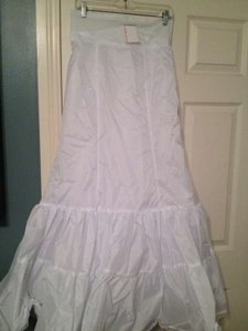 David's Bridal White Fit and Flare Wedding Dress Size 10 (M)