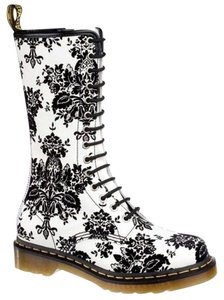 Dr martens 160 ltd ed 14 eye 1b99 blackwhite floralflower toile dr martens 14 eye 1b99 black floral flower boots mightylinksfo Image collections