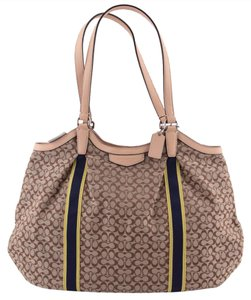 Coach Devin Shoulder Bag