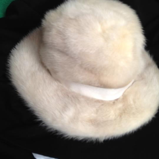 Amrbose Salon Lord & Taylor's White Fur Hat- Vintage with Brim and Ribbon 25