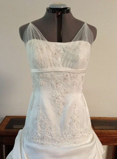 Alfred Angelo Ivory 2272 #932 Wedding Dress Size 8 (M)