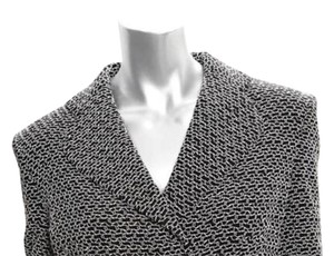 Chanel VINTAGE P98 Chanel Boutique White & Black Textured Knit Buttoned Jacket Size 44