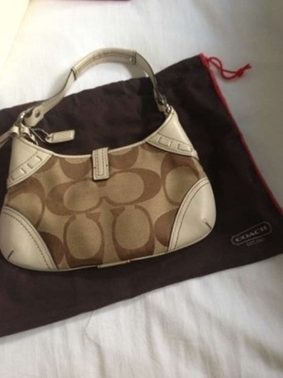 Coach Spring Summer Brown Leather Cloth Small Handle Hamptons Tan Clutch