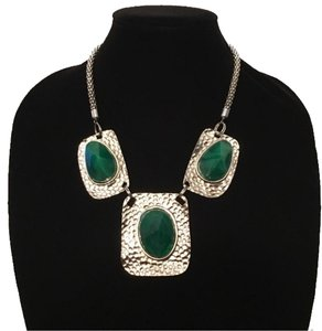 Green & Silver Hammered Statement Necklace