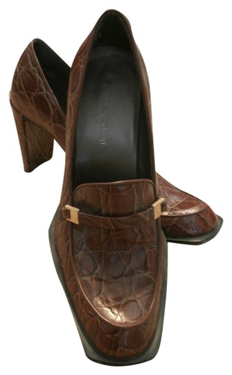 Preload https://item1.tradesy.com/images/enzo-angiolini-heels-golden-brown-with-reptile-texture-pumps-1662495-0-0.jpg?width=440&height=440