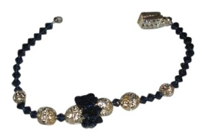 Giavan Giavon HOL250 (B20) Dark Indigo Iridescent bracelet with center cluster