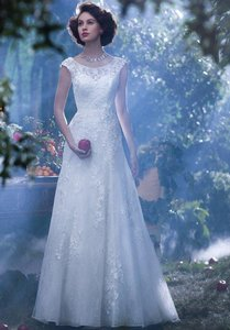 Alfred Angelo Snow White-239 Wedding Dress