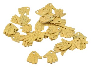 Other 13x12mm Matte Gold Plated Alloy Handmade Hand Charm Can be used as a jewelry tag