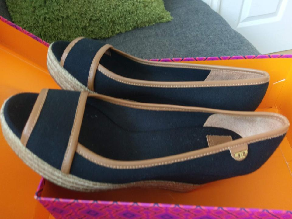 c751177add93a1 Tory Burch Black Majorca Canvas and Leather Wedges Size US 8.5 Regular (M