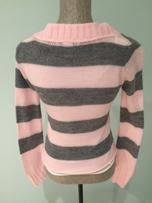 Other Acrylic Layered / Striped V-neck Medium Stripe V-neck S Layered S Layered Acrylic S Acrylic Casual S And S And Sweater