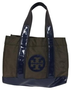 Tory Burch Ella Travel Grand Tote in Brown