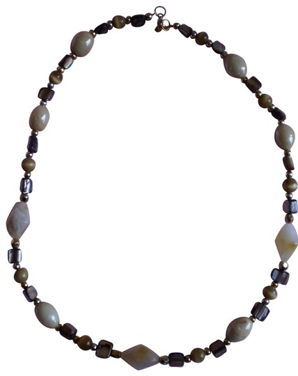 Preload https://item5.tradesy.com/images/abalone-marbled-and-goldtone-beads-necklace-166304-0-1.jpg?width=440&height=440