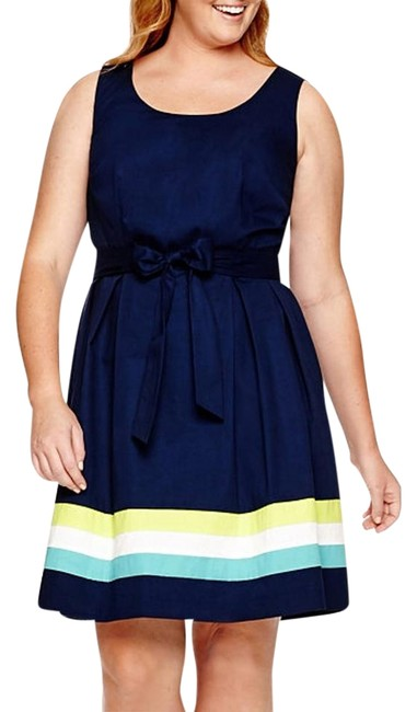 Item - Navy Colorblock Knee Length Night Out Dress Size 20 (Plus 1x)
