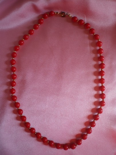 Other Coral & goldtone beads necklace