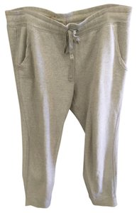 Gilly Hicks Capri/Cropped Pants Gray