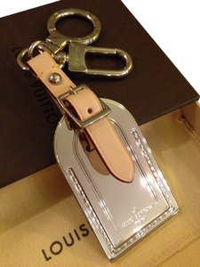 Louis Vuitton Louis Vuitton Luggage Key fob.