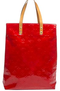 Louis Vuitton Lv Reade Mm Vernis Lv Handbag Lv Handbag Lv Tote in Red