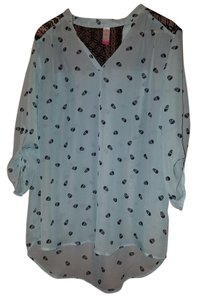 No Boundaries Hi Lo Skull Lace Tunic Top Turquoise with Black Details