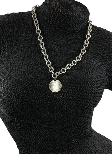 Preload https://img-static.tradesy.com/item/16635745/tiffany-and-co-sterling-silver-wave-circle-tag-pendant-on-link-chain-necklace-0-1-540-540.jpg