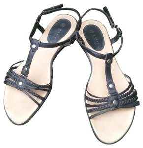 Basic Editions Sandals
