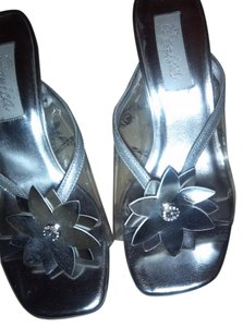 Renica Clear/Silver Wedges