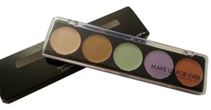 MAKE UP FOR EVER MAKE UP FOR EVER camouflage cream palette in No 5 Pro correcting shades for most skin tones and highlighter/concealer