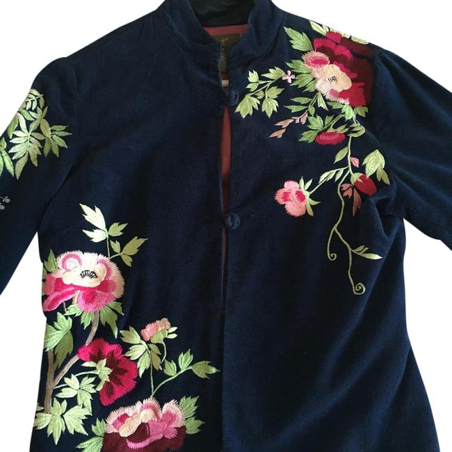 Item - Navy Blue with Pink Purple Embroidery Jacket Size 4 (S)