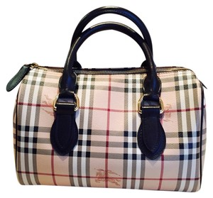 1f8581a0b59f Burberry Check - Up to 70% off at Tradesy