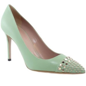 Gucci 370802 Studded Leather Green Pumps