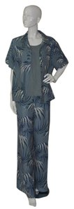 Tommy Bahama 3pc Silk Set