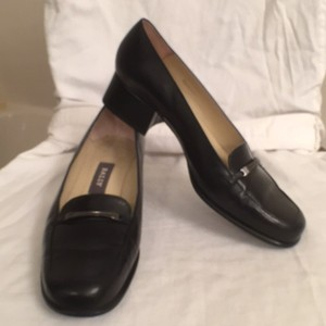 Bally Leather Loafers Pumps Slip-ons Black Flats