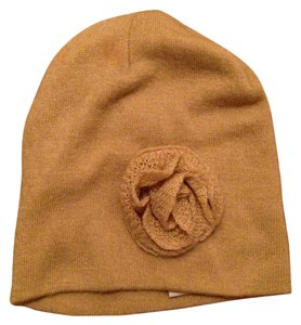 Avenue Tan Winter Hat with Flower Design
