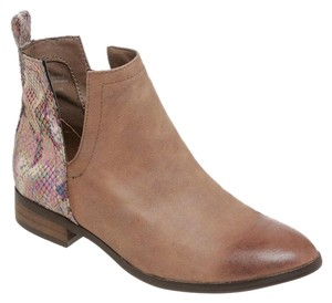 Coconuts by Matisse Tan/Multicolor Boots