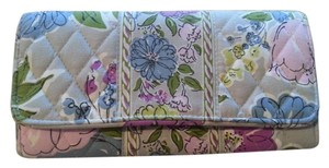 Vera Bradley Large Tri-fold Organizer Photo Wallet
