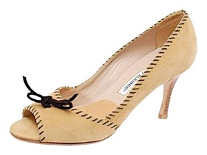 Manolo Blahnik Stacked Heel Beige w/Brown Pumps