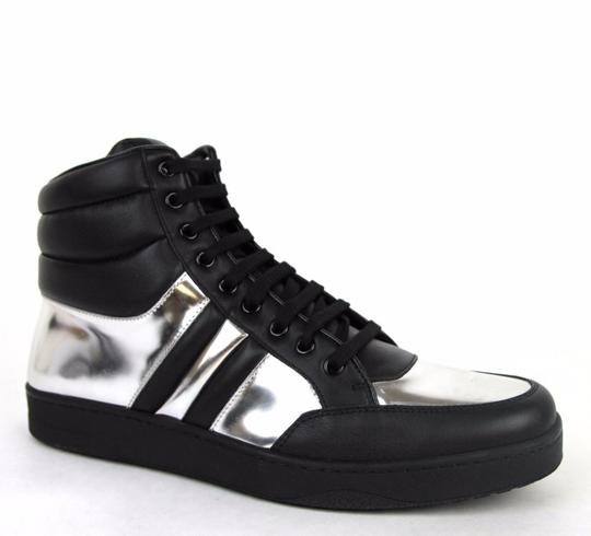 Preload https://img-static.tradesy.com/item/16651549/gucci-blacksilver-1086-mens-contrast-padded-leather-high-top-sneaker-368494-7gus-75-shoes-0-0-540-540.jpg