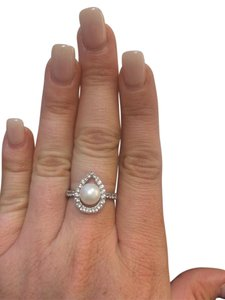 Other Pearl and Diamond Ring