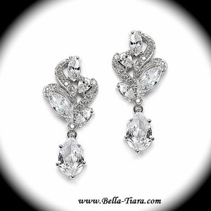 Bella Tiara Beautiful Cz Elegant Wedding Earrings