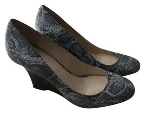 Banana Republic Gray Snakeskin Wedges