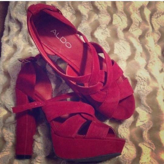 ALDO Chunky Sexy Night Out Date Night High Heel Red Pumps