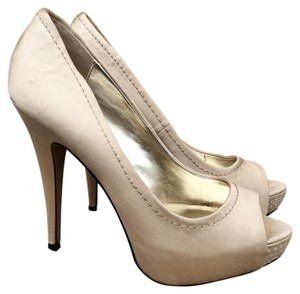 Steve Madden Champagne Satin Open Toe Peep Toe Evening Beige Pumps