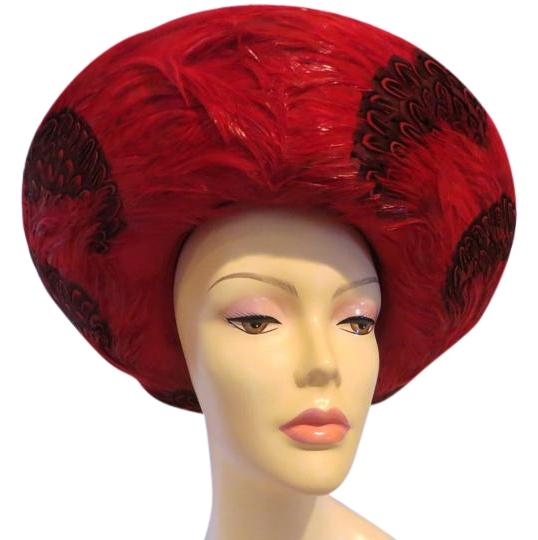 Preload https://img-static.tradesy.com/item/16657888/red-boutique-felt-with-feather-trim-hat-0-1-540-540.jpg