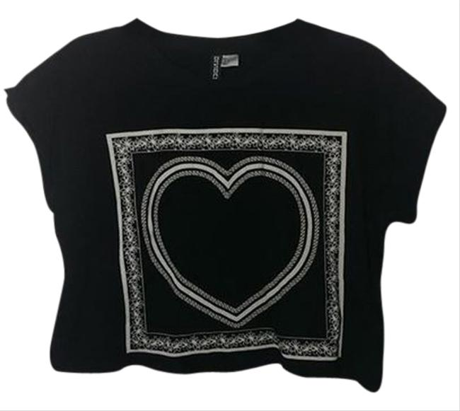 Preload https://item4.tradesy.com/images/forever-21-black-with-white-heart-crop-t-shirt-1665858-0-0.jpg?width=400&height=650